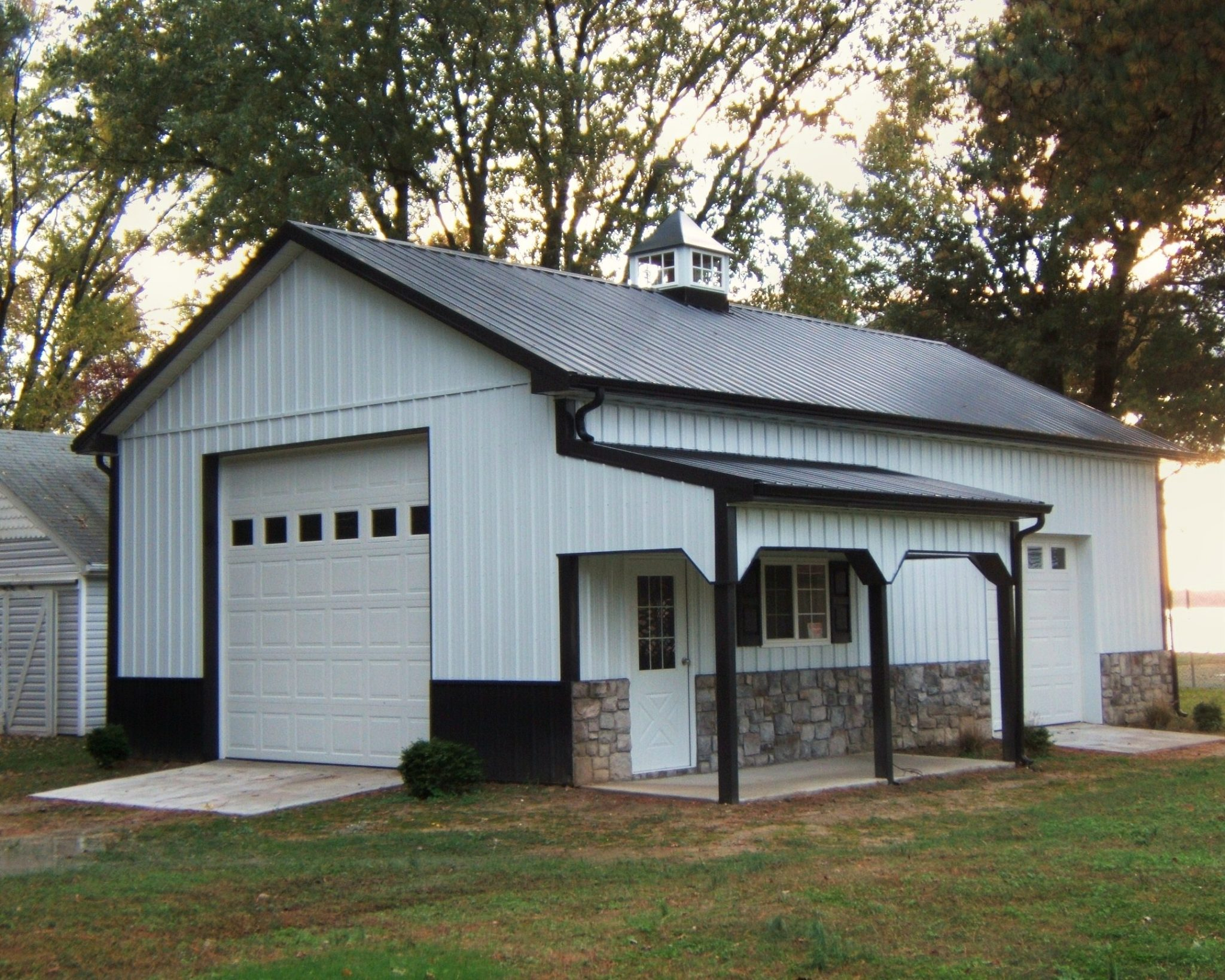 Gambrel Roof Pictures Residential Roofing Amp Siding Fs Construction Services