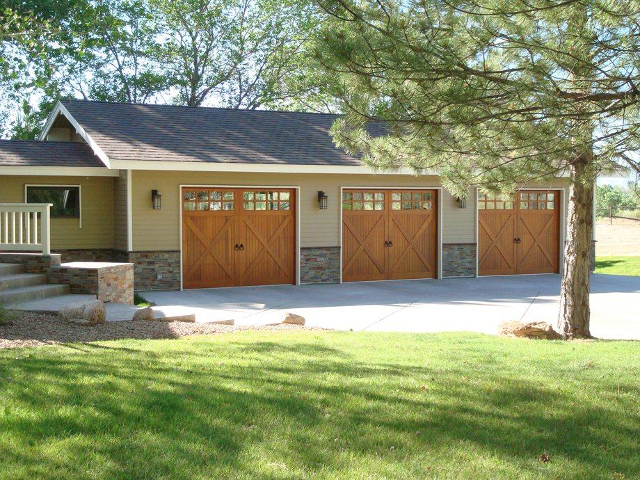 Residential garage door installation from fs construction for Wind code garage doors