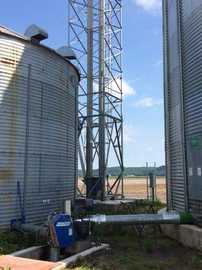 Knobloch - Sebolts - Image #3 - Grain Hamdling - Sukup - Hutchinson