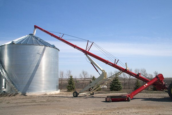 Pre Harvest Sale Check Out The Hutchinson Auger Special